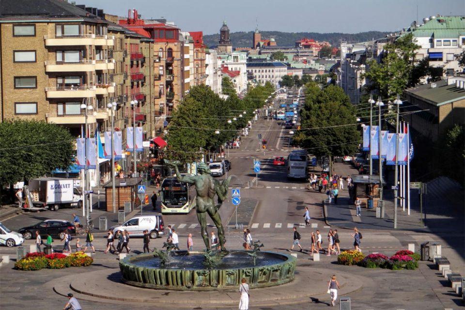 Foto med vy över Avenyn i Göteborg