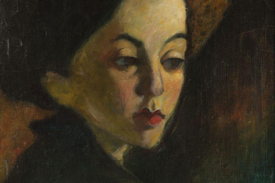 Porträttmålning i bruna nyanser av ett ungt, androgynt ansikte.