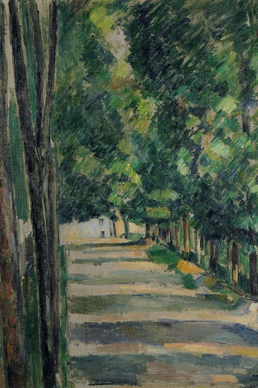 Målning i olja med korta bestämda penseldrag som visar en allé med höga gröna träd och solbefläckad mark.