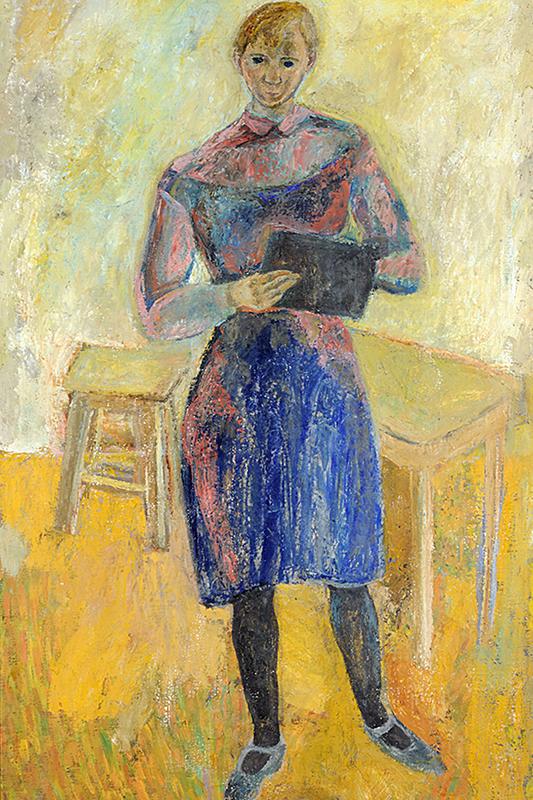 Målning av stående kvinna i blå klänning mot gul bakgrund.
